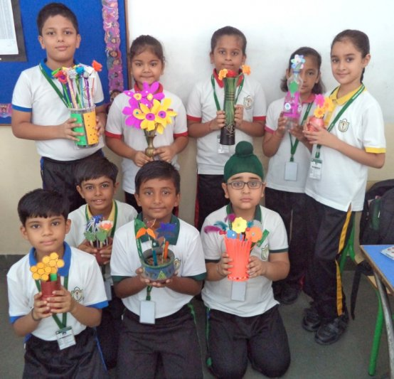 CLASS-IV PAPER FLOWER ARRANGEMENT